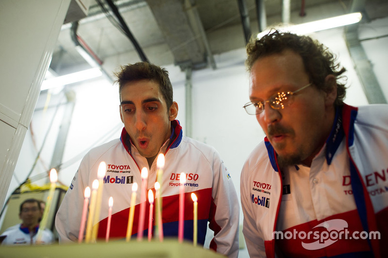 Sebastien Buemi, Toyota Racing celebra su cumpleaños