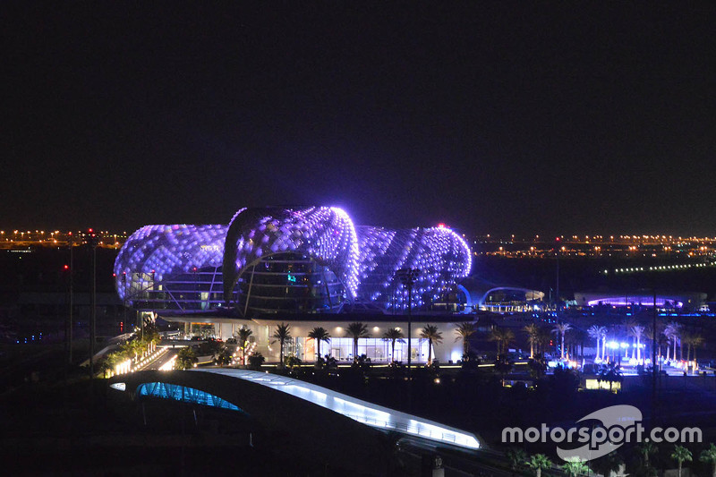 Yas Viceroy overview