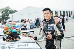 Ho-Pin Tung, Porche Carrera Cup