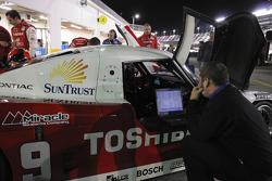 Penske-Taylor Racing team member at work