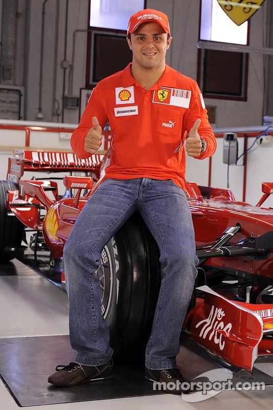 Felipe Massa ve yeni Ferrari F2008