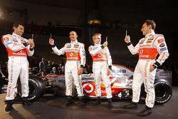 Pedro de la Rosa, Lewis Hamilton, Heikki Kovalainen ve Gary Paffett
