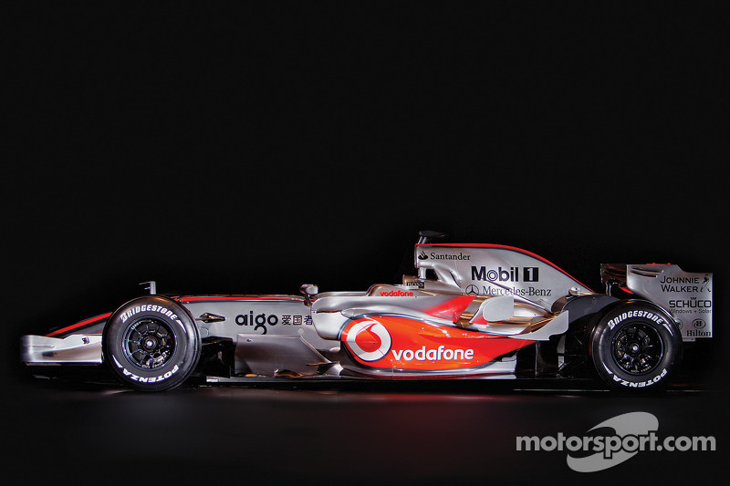 yeni McLaren Mercedes MP4-23