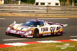 #1 Silk Cut Jaguar, Jaguar XJR9 LM: Jan Lammers, Patrick Tambay, Andrew Gilbert Scott