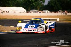 #18 Aston Martin Aston Martin AMR1: Brian Redman, Costas Los, Michael Roe