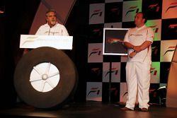Vijay Mallya CEO Kingfisher ve Dr Colin Kolles Force India Takım Patronu