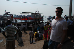 Vitantonio Liuzzi visits Mumbai, India