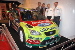 BP Ford World Rally Team unveil the new livery for the 2008 WRC season: drivers Jari-Matti Latvala and Mikko Hirvonen are joined by Team Director, Malcolm Wilson and Mark Deans Director, Motorsport, Ford of Europe