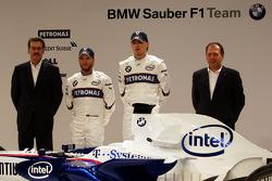 Dr. Mario Theissen, BMW Sauber F1 Team, BMW Motorsport Director, Nick Heidfeld, Robert Kubica, Willy