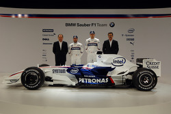 Robert Kubica ve Nick Heidfeld, Willy Rampf, BMW-Sauber, Teknik Direktörü ve Dr. Mario Theissen, BMW