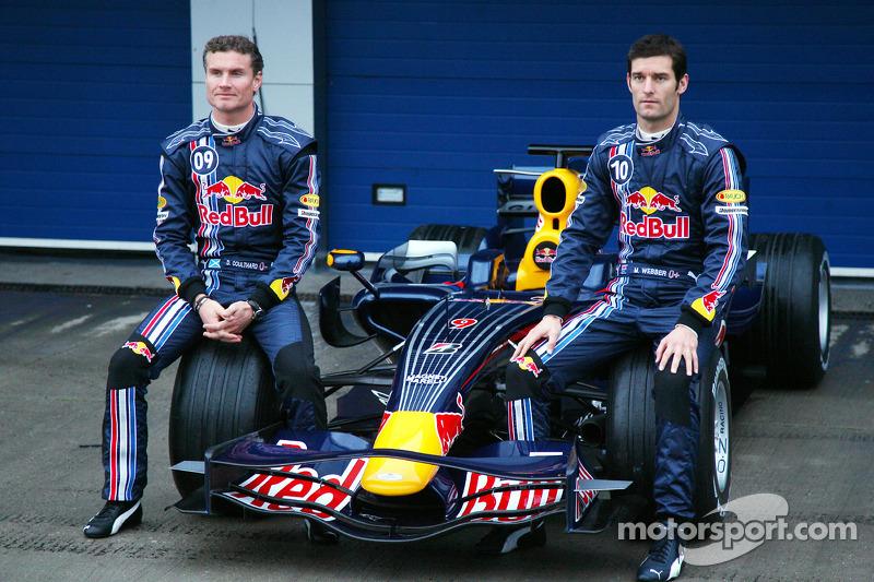 Na temporada seguinte, Coulthard e Webber seguiram como pilotos titulares da Red Bull.