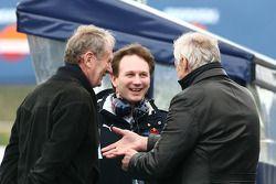Helmut Marko, Red Bull Racing, asesor de Red Bull, Christian Horner, Red Bull Racing, y Dietrich Mat