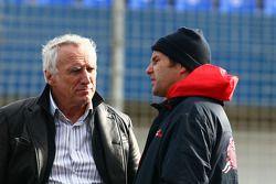 Dietrich Mateschitz, dueño de Red Bull, co dueño de Scuderia Toro Rosso,