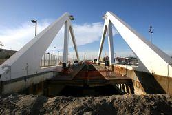 Work, Progress, 2. bridge, track