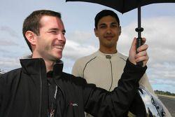 Danny Watts with Adam Khan, driver of A1 Team Pakistan