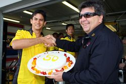 Alex Yoong, driver of A1 Team Malaysia and Tony Teixeira, A1GP Chairman celebrate 50 races for Alex in A1GP