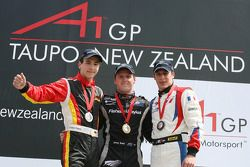 Podium: race winner Jonny Reid with Christian Vietoris and Loic Duval