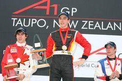 Podium: race winner Christian Vietoris with Robert Wickens and Loic Duval