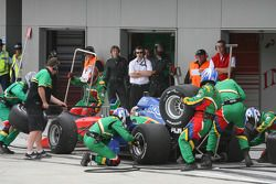 Adrian Zaugg, driver of A1 Team South Africa, pitstop