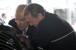Rudy Giuliani and Rusty Wallace look at Chevy #66