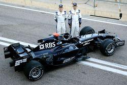 Williams F1 takım fotoğrafıshoot: Nico Rosberg, WilliamsF1 Team, Kazuki Nakajima, Williams F1 Team,