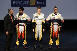 Питер Уиндзор берет интервью у Луки ди Грасси Renault, Бенджамин Хенли и Ромен Грожан