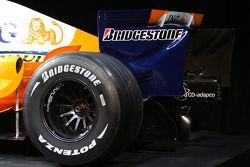 Renault F1 R28: Hinterrad