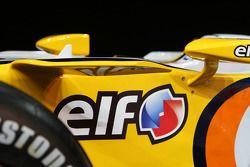 Renault F1 R28: Cockpit