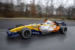 Renault F1 R28, track