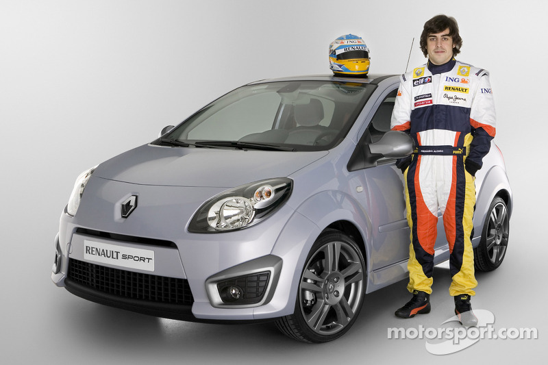 Fernando Alonso, Renault F1 Team and Renault Sport Products
