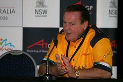 Alan Jones, Seat Holder of A1 Team Australia