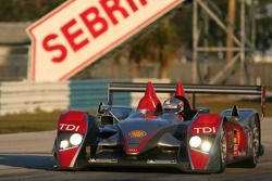 #2 Audi Sport North America Audi R10 TDI: Rinaldo Capello, Allan McNish, Tom Kristensen, Mike Rocken