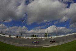 #10 SunTrust Racing Pontiac Riley: Max Angelelli, Ricky Taylor, Wayne Taylor, Michael Valiante, #08