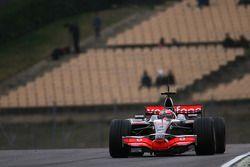 Heikki Kovalainen, McLaren Mercedes, MP4-23