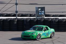 Spin for #145 Performance Autosport Mazda MX-5: Jim Daniels, Derek Whitis