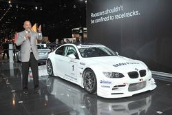 Bobby Rahal presents the new Rahal Letterman Racing BMW M3 LM GT2