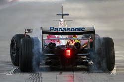 Timo Glock, Toyota F1 Team, TF108, burns rubber