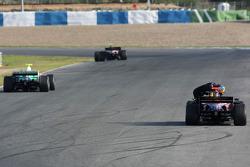 Sebastien Bourdais, Scuderia Toro Rosso, STR02, stopped, track
