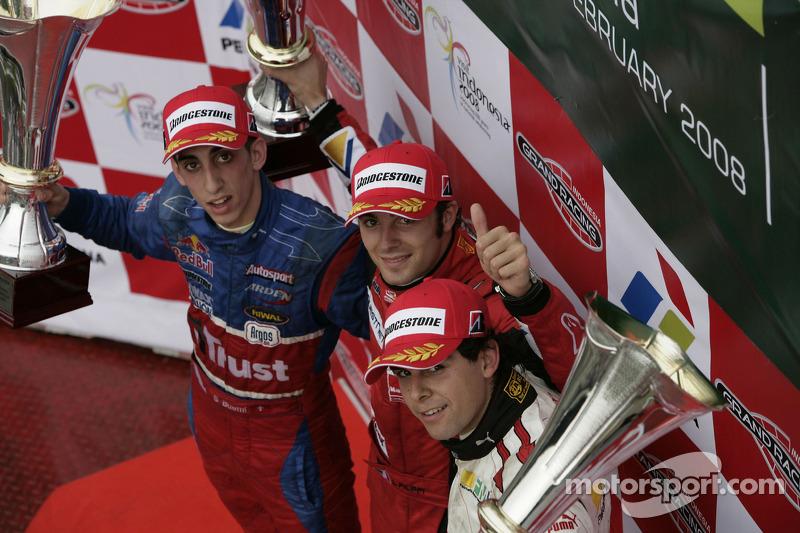 Podium: race winner Luca Filippi, second place Sébastien Buemi, third place Adrian Valles/ Filippi w