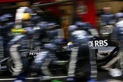 Nico Rosberg, Williams F1 Team, FW30 practice pitstop