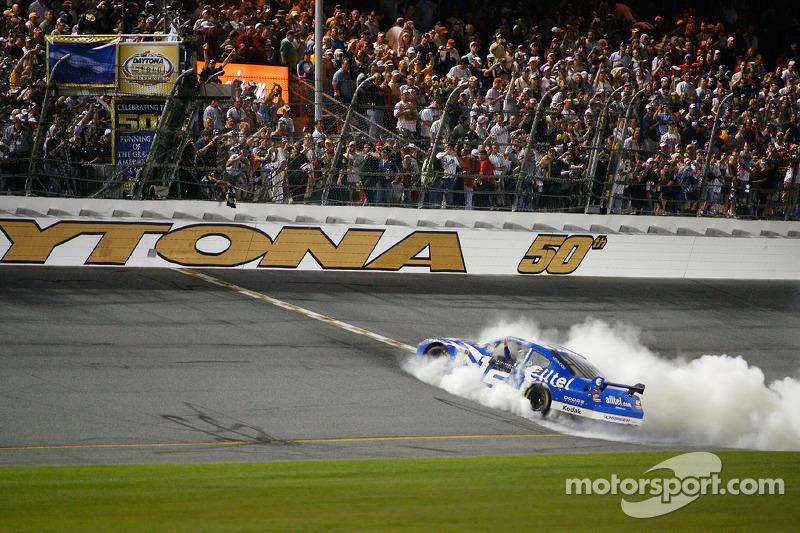 2008: #12 Ryan Newman - Penske Racing Dodge