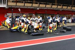 Pit stop practice at Renault