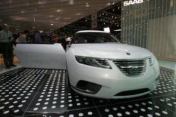 Saab 9-X BioHibrid CC