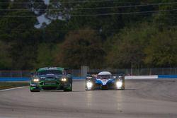 #007 Drayson - Barwell Aston Martin DBRS 9: Paul Drayson, Jonny Cocker, Tim Sugden, #07 Peugeot Tota