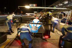 Peugeot Total team members at work
