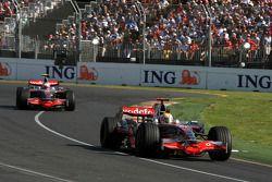 Lewis Hamilton, McLaren Mercedes, Fernando Alonso, Renault F1 Team