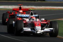 Timo Glock, Toyota F1 Team, Kimi Raikkonen, Scuderia Ferrari