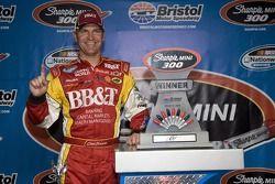 Victory lane: race winner Clint Bowyer