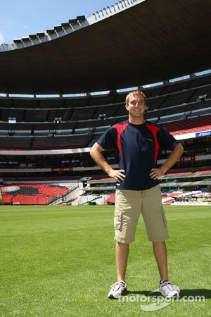 Jonathan Summerton, driver of A1 Team USA at the Azteca stadium