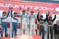 GT300 podium: class winners Hiroyuki Iiri and Ryo Orime, second place Kazuho Takahashi and Hiroki Ka
